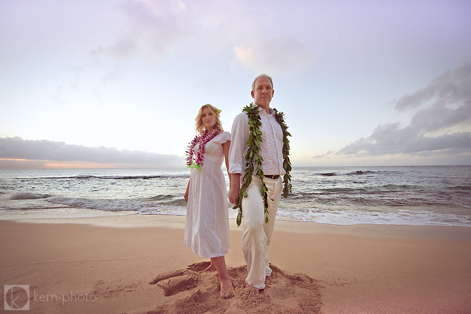 Styling Tips For Embracing A Beach Wedding Theme: Changes In Style & Technology In Wedding Photography