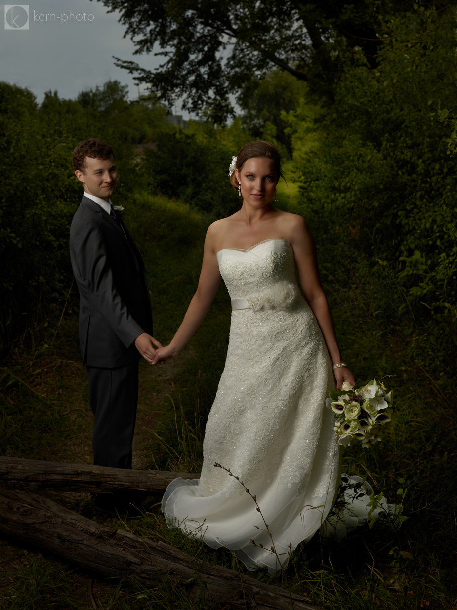 wpid-lindsay-matt-wedding-phaseone-photography-2012-09-3-20-19-2012-12-27-10-42.jpg