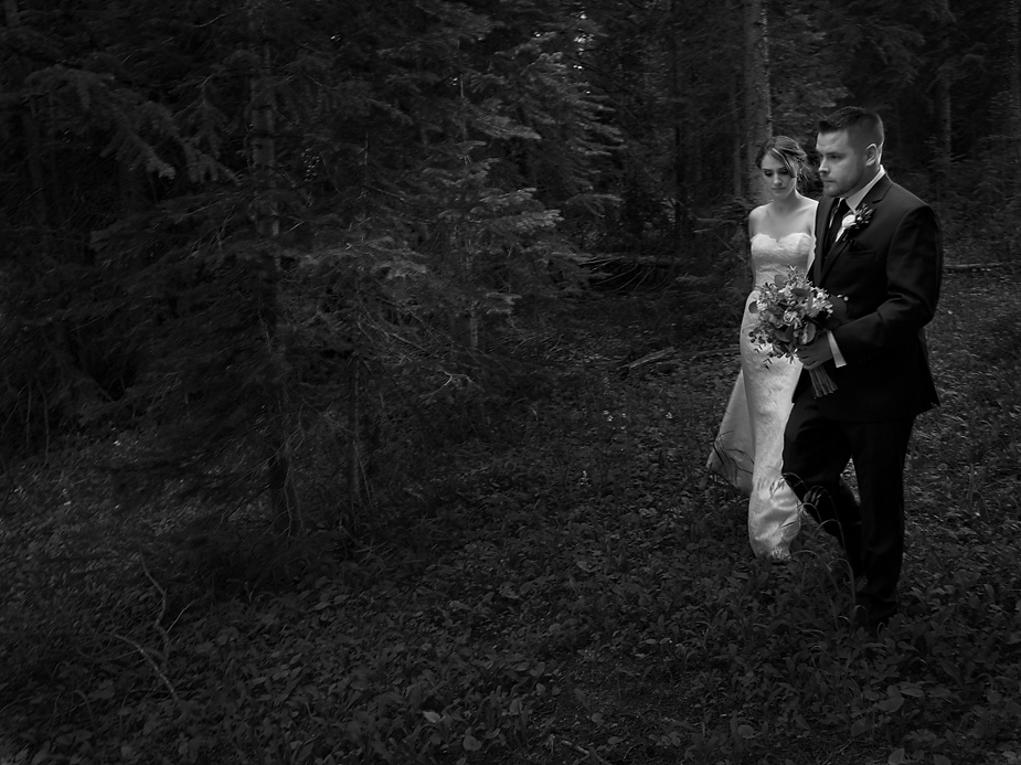 danielle-parker-mile-high-station-wedding-breckenridge-colorado-023-2017-08-9-02-02.jpg